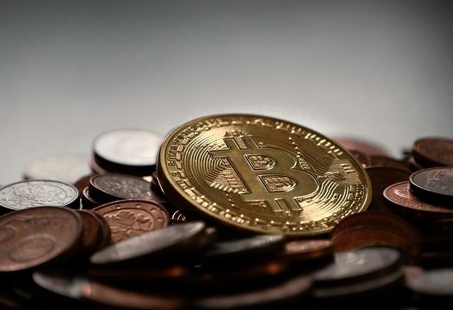 bitcoin-2007912_640